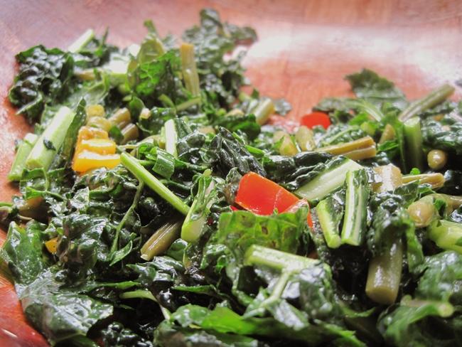 05-22-16-OT-Farm-kale-salad
